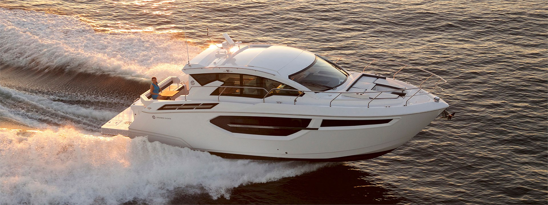 Water Shot of a Cruiser Yachts 42 Cantius