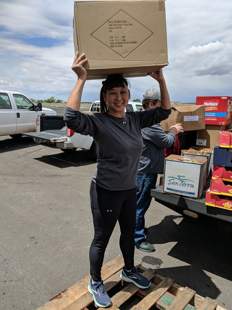 5/9/2019 - Canyon Day Assembly of God - Kristy from Native American Emergency Relief helping to load product