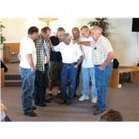 Thursday morning we departed Holbrook… praying for Pastor Donnie, Jim and Robert as they left for home