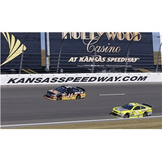 2015 HOLLYWOOD CASINO 400